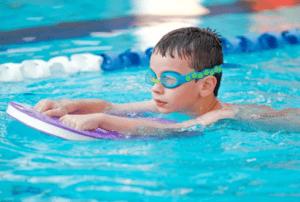 Справка в бассейн ребенку-min